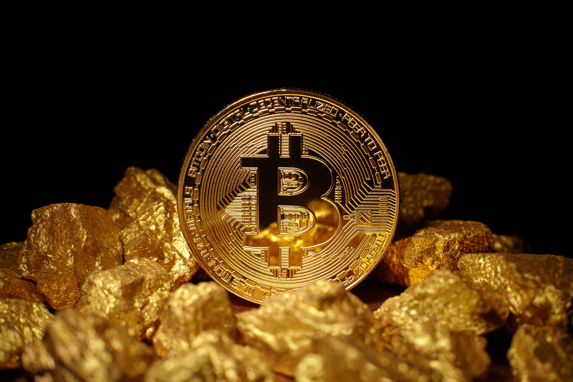 Bitcoin Rises to $5,775 and the Drop Gold Campaign Gains Traction